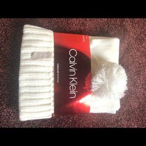 Calvin Klein winter hat and scarf! Soft white! 💕